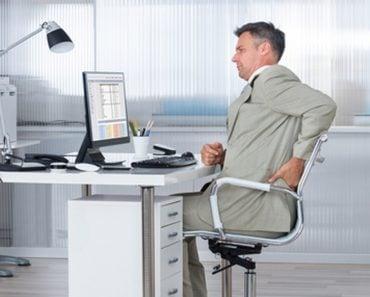 Scaunul de birou și durerile de spate care pot să apară dacă nu-l folosim corect 1