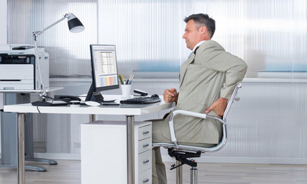 Scaunul de birou și durerile de spate care pot să apară dacă nu-l folosim corect 7