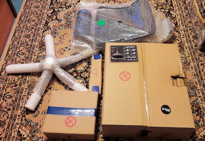 Mi-am cumpărat un Ergohuman Plus Elite (V2) pentru biroul de acasă - Unboxing 1