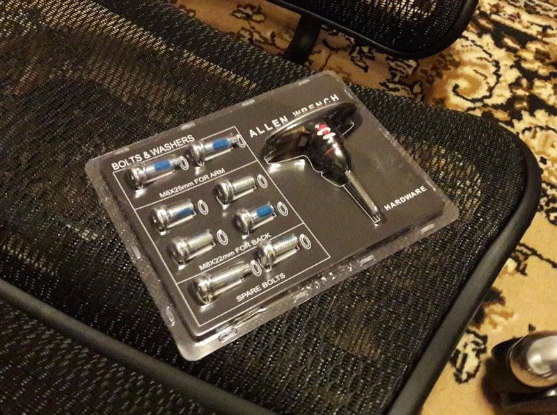 Suruburi si cheiță scaun Ergohuman Elite Plus V2
