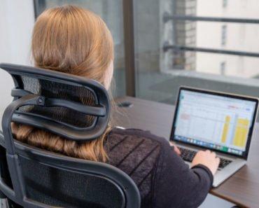 Beneficiile oferite de scaunele prevăzute cu tetieră și de ce ar trebui să începi să folosești unul 7