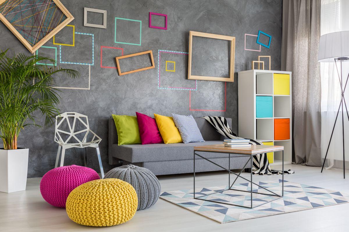 Cum să folosiți culori strălucitoare în designul casei dar și pentru mobilier
